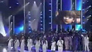 America Idol singen - Shout to the Lord! (2)