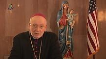 Monseñor Jean Marie hablando de Cristo, su Cruz y persecuciones