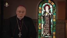 Monseñor Jean Marie hablando de la Santidad